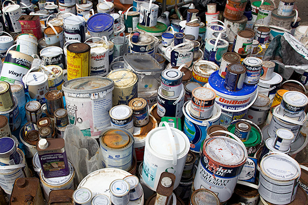 old used paint cans for disposal